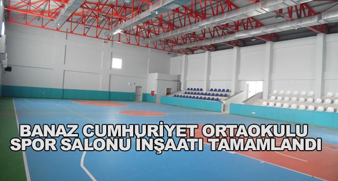 Banaz Cumhuriyet Ortaokulu Spor Salonu İnşaatı Tamamlandı