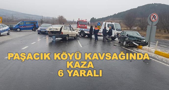 Paşacık Köyü Kavsağında Kaza-6 Yaralı
