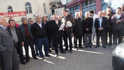 Banaz Ak Parti,Cuma Namazı Sonrası  Kudüs'le İlgili Basın  Bildirisi  Yayınladı