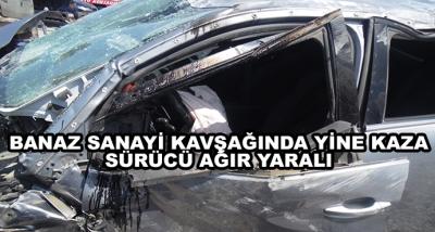 Banaz Sanayi Kavşağında Yine Kaza Sürücü Ağır Yaralı