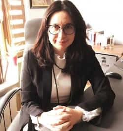 AV.Fatma URAL
